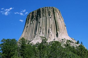 800pxdevils_tower_crop